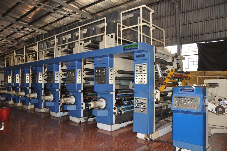 Tổ hợp máy móc sản xuất